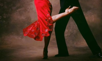 Takes Two To Tango!